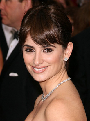 Penelope Cruz Elegant High Updo with Bangs at Oscars 2009