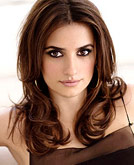 Penelope Cruz Medium Curly Hairstyle