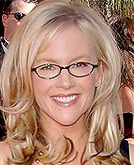 Rachael Harris Medium Curly Hairstyle