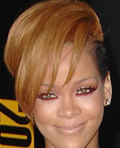 Rihanna's Chic Short Hairstyle at the 2009 American Music Awards