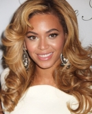 Beyonce Knowles's Romantic Curly Hairstyle