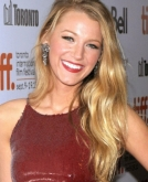 Blake Lively's Flowing Wavy Hairstyle
