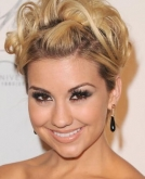 Chelsea Staub's Flirty Medium Blond Hairstyle