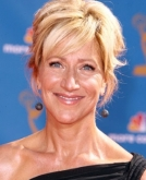 Edie Falco's Sassy Short Hairstyle for the 2010 Emmy Awards.