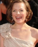 Elisabeth Moss's Medium Curly Hairstyle