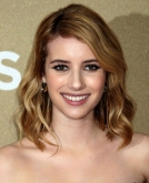 Emma Roberts' Medium Wavy Bob Haircut