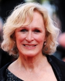 Glenn Close's Short Wavy Hairstyle