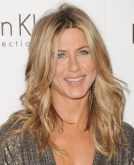 Jennifer Aniston's Messy, Wavy Haircut