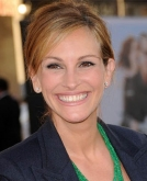 Julia Roberts'  Casual Bun Hairstyle
