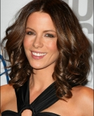 Kate Beckinsale's Medium Wave Hairstyle