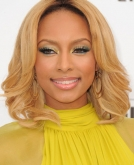 Keri Hilson's Medium Soft Wavy Hairstyle