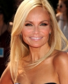 Kristin Chenoweth's Straight Hair