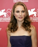 Natalie Portman's Medium Hairstyle