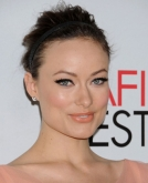 Olivia Wilde's Headband Bun Hairstyle