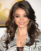 Sarah Hyland's Gorgeous Long Wavy Hairstyle