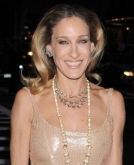 Sarah Jessica Parker's Polished, Wavy Hairstyle