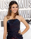 Victoria Justice's Half Up Half Down Hairstyle