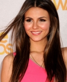 Victoria Justice's Long Straight Hairstyle