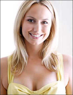 http://www.prohaircut.com/gallery/stacy_keibler_l_42218.jpg