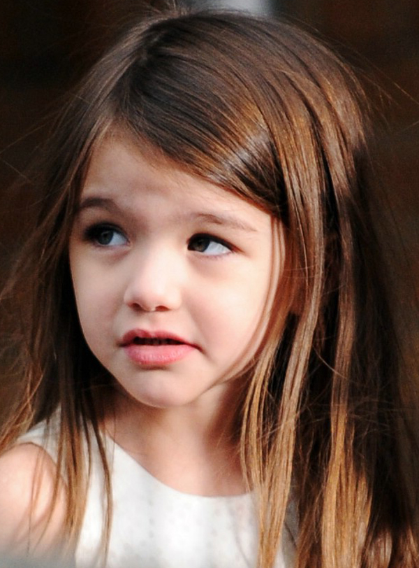 Suri Cruise S Long Hairstyle Like A Elegant Lady