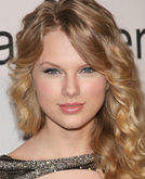 Taylor Swift Sexy Medium Hairstyle with Curls at Grammys 2009