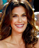 Teri Hatcher - Emmys 2008 Red Carpet