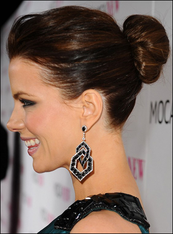 kate beckinsale hairstyle. Kate Beckinsale#39;s Bun Updo