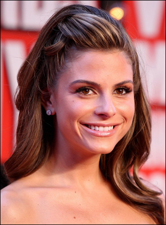 Brilliant Maria Menounos39S Halfway Up Hairstyle With Wave At Mtv Vmas 2009 Short Hairstyles For Black Women Fulllsitofus
