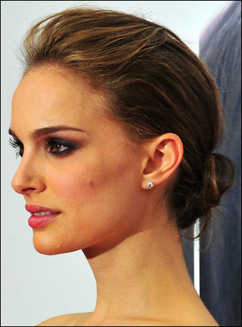 natalie portman hairstyle. tattoo Natalie Portman Light